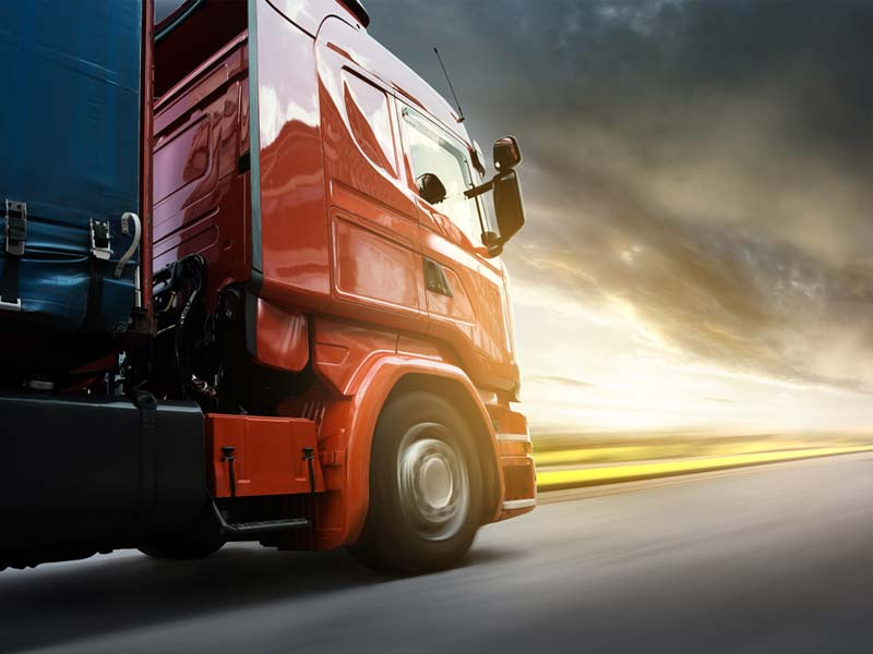 international transport routier camion rouge